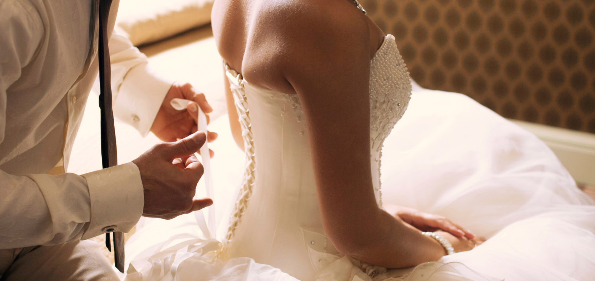 Съёмка сборов невесты 1900x900